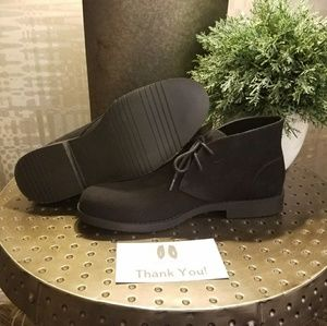 "KingsTrend Shoes - NWT Men's ""Chukka"" Suede Shoes"